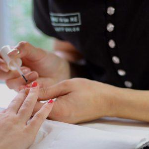 manicures hampshire